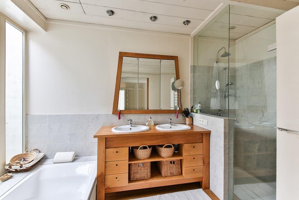 bathroom-2132342_960_720