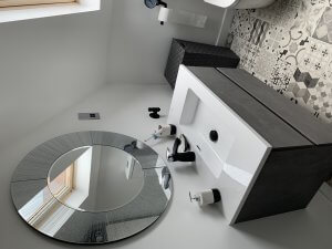 Bathroom Sink With Circle Mirror
