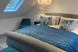 Bedroom loft conversion with double bed